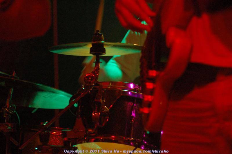 fndb2011-11-30n-262Medium.JPG